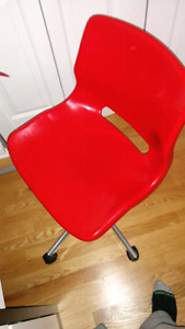 Swivel red chair