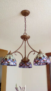 Beautiful tiffany style dining room hanging light