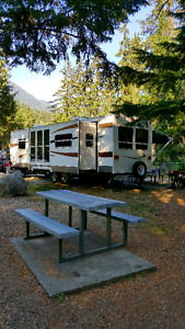 2009 FOREST RIVER SALEM T27