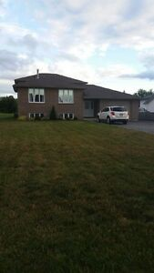 3 Bedroom Duplex house for rent in Val-Caron