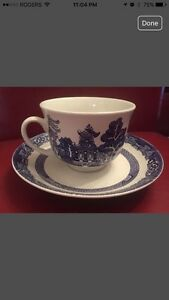 Royal Oak Blue Willow China tea cup and Saucer sets