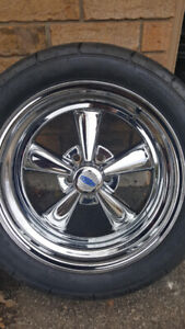 new 17x9 cragar ss with new tire 400.00