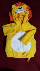 Carters lion costume 6-9 months