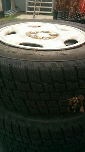 Set of 4 Excellent Condition Winter Tires and Rims