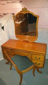 Mobilier de chambre a coucher complet 1930