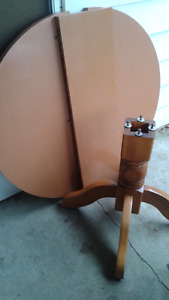 Pedistal table 4 chairs free