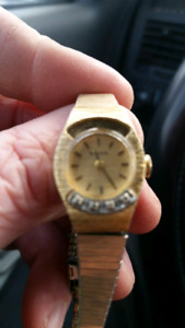 Bulova Watch 1979 Engraving  Small watch  Selling for only 25  I