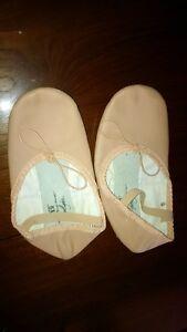 Ballet Slippers Size 13 Stratford Kitchener Area image 1