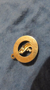 14 K. yellow gold charm/pendant seahorse from St. Maarten-1 gram West Island Greater Montréal image 3