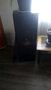 KLH towers 4 foot tall 10 inch speakers and tweets