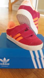 ADIDAS Sneakers .Kids 6T
