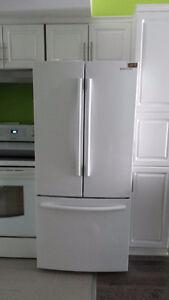 Frigidaire et lave vaisselle haute gamme Samsung