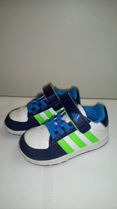 Adidas Sneakers Size 5 Toddler