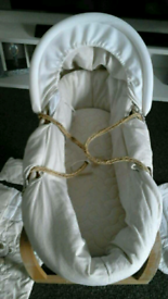 Mama's and papa's moses basket bundle