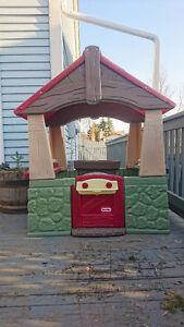 Little tikes outdoor/indoor playhouse