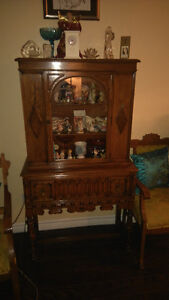 ANTIQUE TABLE SET WITH MATCHING HUTCH St. John's Newfoundland image 2