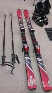 Ensemble de ski + bottes + batons