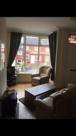 Two Bedroom House to Let Kirkstall Near Vue Cinema