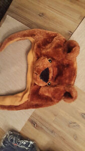 fun bear hat - girl/boy Windsor Region Ontario image 2