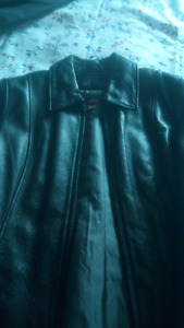 Never worn danier leather jacket for$30