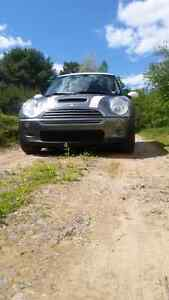 2004 Mini Cooper S 6 speed supercharged