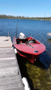 16 ft boat and trailer 20 hp Johnson for sale with trailer