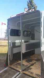 2 Horse bumper pull straight load trailer Cambridge Kitchener Area image 3