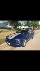 2006 Ford Mustang Coupe (2 door) Good Condition