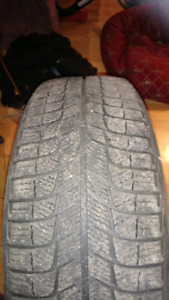 2 Pneus d'hiver Michelin X-Ice 225 65 R16