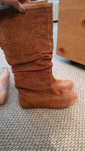 UGG SLOUCH BOOTS Peterborough Peterborough Area image 1