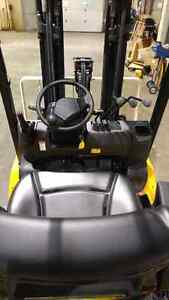 New Yale 5000lb capacity forklift only $525/month!!! London Ontario image 4