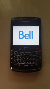 Blackberry Bold 9700 used with Bell