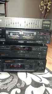 Sony stereo system with 5speakers