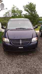 2006 Dodge Caravan for sale! Priced to sell!