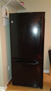 Great GE black fridge for sale!
