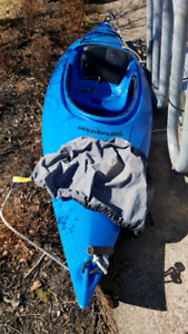 9' Kayak used with paddle