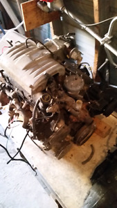 302 ford Motor and transmission