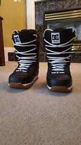Men's DC Snowboard Boots - Size 10 (small fit)