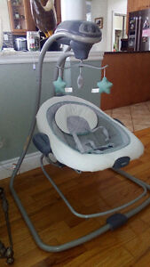 Graco DuetConnect™ LX Swing + Bouncer and Swing