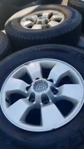 Toyota 4runner Tacoma rims and tires 265 70 16