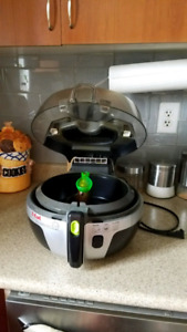 T-Fal actifry (brand new)