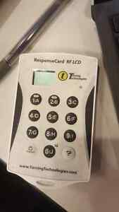 Clicker with LCD (ResponceCard)