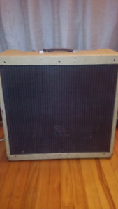 Peavey Vintage 410 100W Hybrid Tube Combo Amp Rare early 70's