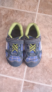 Boys shoes size 7.  Toddler size