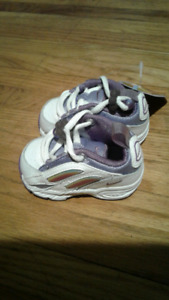 Brand new infant girls size 2 nike running shoes