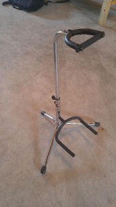 Stagg chrome guitar stand