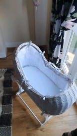 Baby basket. Excellent condition