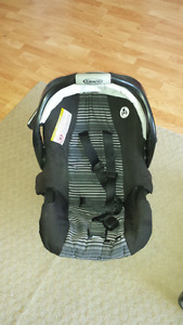 Graco connect car seat and snap & go stroller.