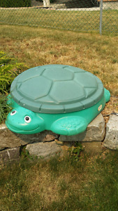 Little Tikes turtle pool / sandbox
