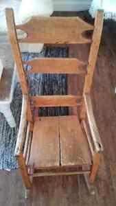 **Antiquité** Chaise berçante antique (fin des années 1800) Québec City Québec image 2